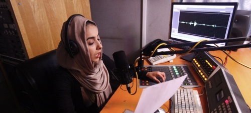 Women journalists in Afghanistan, defiant in the face of violence