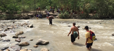 """Trocha"" illegal river crossing. Colombia-Venezuela border near Cúcuta, Colombia, one of the main entry points for people crossing from Venezuela into Colombia. 20 September 2018."