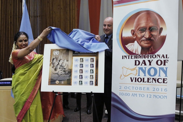 On Non-Violence Day, Ban highlights link between peace and nature